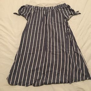 ASOS maternity dress. Perfect condition, size 6